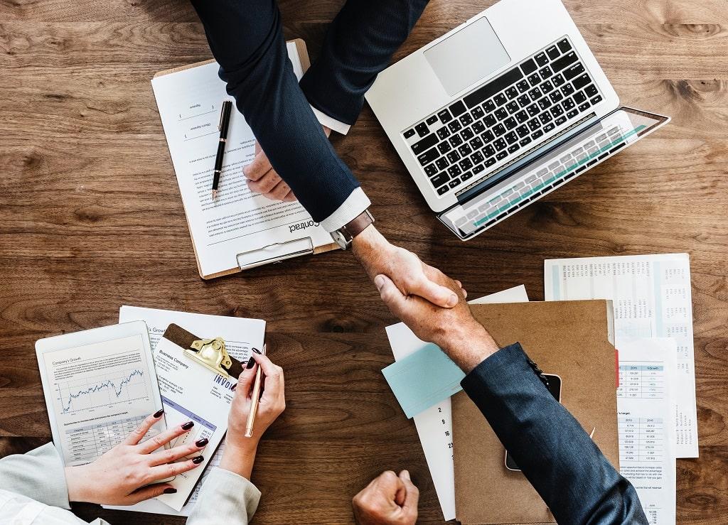 e-connexは人と企業と地域をつなぐ良縁の場を提供しています